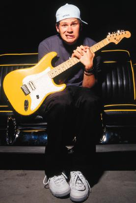 Fender Stratocaster Neck >> Fender Musical Instruments launches artist model Tom ...